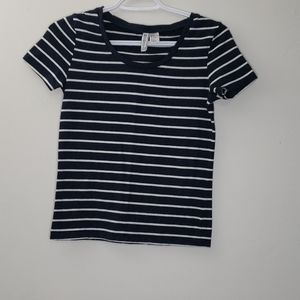 💥3/$20  H&M Basic Stripped Tee Size S